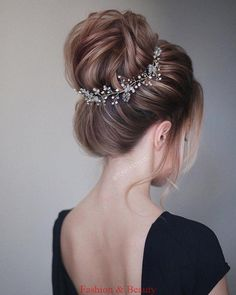 hairdressing styles for wedding bridal hair cut traditional wedding hairstyles for long hair design hairstyle wedding hair up for weddings styles bridesmaid hair up ideas hairdo for wedding reception Wedding Hair Up, Wedding Hairstyles For Long Hair, Down Hairstyles, Trendy Hairstyles, Hairstyle Wedding, Prom Hairstyles, Hairstyle Ideas, Hair Ideas, Volume Hairstyles