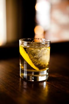 Whisky old fashion, a classic cocktail for the perfect gentlemen