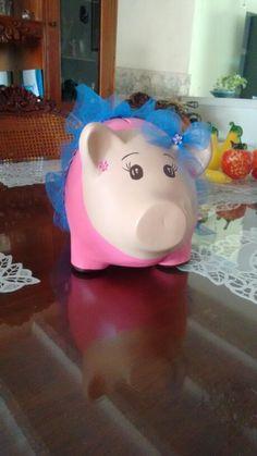 Piggybank bailarina alcancia Piggy Bank, African, Ballerinas, Manualidades, Money Box, Money Bank, Savings Jar