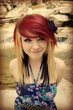 10 Popular Emo Hairstyles for Girls - FaceHairStylist.Com Hair Style Girl emo hair style girl Ombre Pastel Hair, Bob Pastel, Short Emo Hair, Short Hair Styles, Long Hair, Long Curly, Dye My Hair, Pretty Hairstyles, Girl Hairstyles
