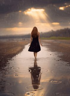 Ana Rosa/ ❣❣❣MY TIME❣❣❣ Love how the rain can feel when it sprinkles on me, & walking barefoot in it❣❣❣