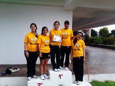 Campeones CEC de básquetbol, fútbol, voleibol y tenis.