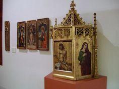 El sagrario del retablo de Secastilla es la última pieza que se ha incorporado al Museo Diocesano de Barbastro-Monzón. Una obra de transición entre la pintura gótica y renacentista del siglo XVI, que se atribuye al maestro de Secastilla. Además, actualmente trabajan en la restauración de un retablo procedente de la catedral. 15 de abril