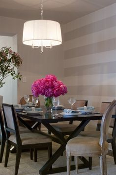 Striped walls and a gorgeous centerpiece.