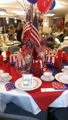 Patriotic table of july - patriotic декор, америка Fourth Of July Decor, 4th Of July Decorations, 4th Of July Party, July 4th, Birthday Decorations, Memorial Day, 4. Juli Party, Military Retirement Parties, American Party