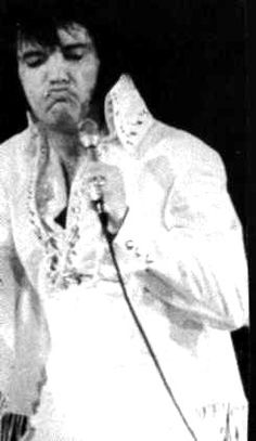 Elvis on stage in L-A in november 14 1970.