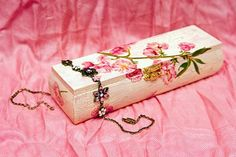 Decoupage is time honored arts and crafts practice that involves cutting out paper images or items and then gluing them to a surface in a decorative manner. Mod Podge Crafts, Fun Crafts, Diy And Crafts, Arts And Crafts, Paper Crafts, Decoupage Tutorial, Decoupage Box, Decoupage Furniture, Wood Furniture