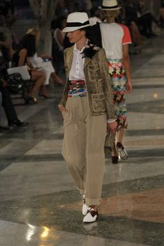 Chanel, Look #73