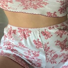 """""""Her smile, I'm sure, burnt Rome to the ground"""" Pretty Little Liars, Pretty In Pink, Jeans Boyfriend, Lingerie, Girl Next Door, Boho Shorts, Girly, Feminine, My Style"""