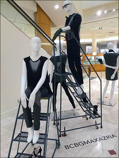 Mobile stairs help put BCBG® styles head-and-shoulders above the mainstream. But for the earth-bound there is also a BCBG Brand… Head & Shoulders, Ladders, Visual Merchandising, Stairways, Stool, Windows, Display, Unique, Billboard