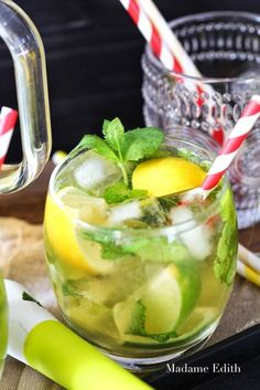 lemoniada mohito Mushroom Tea, Sugar Free Desserts, Orange Crush, Frappe, Healthy Drinks, Superfood, Food Inspiration, Lemonade, Cucumber