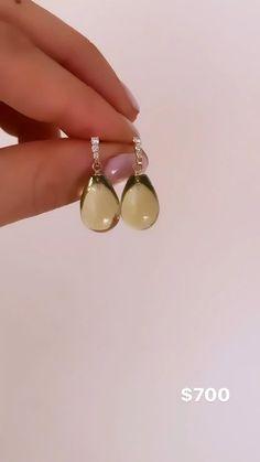 Ear Jewelry, Gemstone Jewelry, Gold Jewelry, Fine Jewelry, Gold Earrings Designs, Gold Jewellery Design, Diamond Drop Earrings, Dainty Earrings, Or Rose