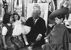 Pablo Picasso - Photos - With Paloma and Claude, 1955 year