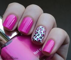 Cheetah Nails - China Glaze Snow with Konad Black on ring fingers.  Filled in with Color Cosmetic nr. 21 and used on the rest of her nails.