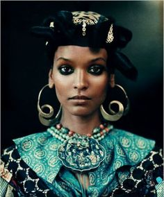 Liya Kebede as African Queen. Photo by Paolo Roversi for the New York TImes Style Magazine. Paolo Roversi, We Are The World, In This World, Ethnic Fashion, African Fashion, African Style, Fashion Fashion, High Fashion, Liya Kebede