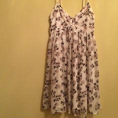 Hollister Hollister  comfortable sun dress ,good condition Hollister Dresses Midi