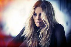 "Ciara New Single ""Dance Like We're Making Love"" Premiere / Ciaraが現在ヒット中の「I Bet」に続く新曲「Dance Like We're Making Love」を発表した。"