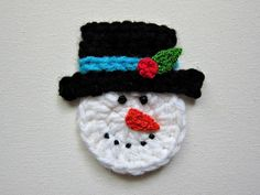 Crochet SNOWMAN Face Applique / Embellishment / by PinkMeStudio