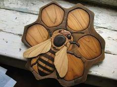 Intarsia Art is a form of wood inlaying that is similar to marquetry. The start of the practice dates before the seventh century. Bee and honeycomb. Bee Crafts, Wood Crafts, Diy Wood, Intarsia Woodworking, Woodworking Projects, Woodworking Plans, Woodworking Basics, Woodworking Techniques, Custom Woodworking