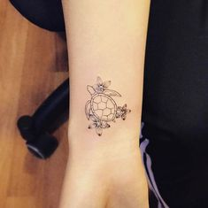 Sea turtle tattoo by Jay Shin