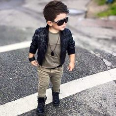 Bad boy type for toddler outfit idea Toddler Boy Fashion, Little Boy Fashion, Toddler Boy Outfits, Fashion Kids, Outfits Niños, Baby Boy Outfits, Kids Outfits, Baby Boy Dress, Baby Boy Swag