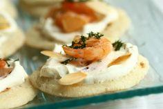 Découvrez la recette Blinis aux crevettes sur cuisineactuelle.fr.