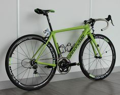 Peter Sagan rode all-new Synapse Hi-Mod 'comfort' bike through the Classics campaign Pro Bike, Bicycle Brands, Bike Shed, Road Bike Women, Bike Parking, Bicycle Race, Bike Design, Road Bikes, Road Cycling