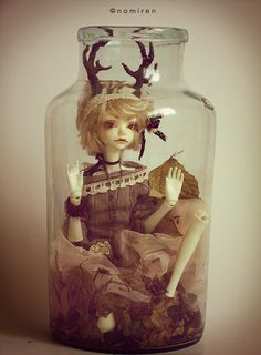 trapped little creature by namirenn on DeviantArt Ooak Dolls, Blythe Dolls, Toy Display, Clay Fairies, Magical Creatures, Ball Jointed Dolls, Illustrators, Sculptures, Miniatures