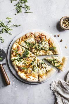 Burrata Pistachio White Pizza | thealmondeater.com