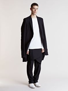 Thamanyah Men's Oversized Coat...LN-CC