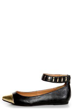 #black #gold #pointed #captoe #colorblock #flats #shoes #promisefreida #lulus #vegan
