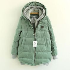 Warm Stylish Spliced Hood Fake Two-pieces Coat
