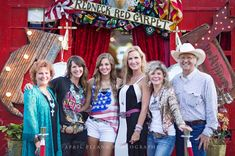 the junk gypsies with SADie & KOrie RObertson of DUCK DYnasty. . . {junk gypsy co}