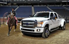 2012 Ford F Series Super Duty   The heavy American pickup truck