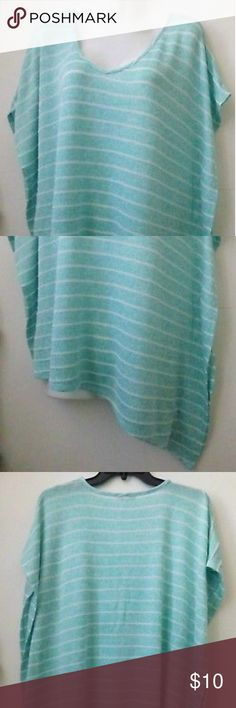 HALO Size XL Short Sleeve Top HALO Women's Size XL Short Sleeve Top Blue Striped Casual Asymmetric Stretch  This top stretches pretty well. Soft to the touch.   This garment measures approximately :   From armpit to armpit : 25'' Length short side : 22'' Length long side : 25'' Sleeve length : 10''  #tops #clothing #fashion #style #womenstops Halo Tops