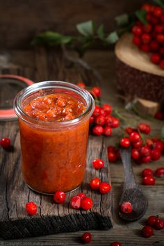 Rowanberry apple pear and ginger jam - full of autumn flavours (in Polish) Ginger Jam, Apple Pear, Homemade Butter, Warm Food, Cold Meals, Slow Food, Cooking Time, Tapas, Curry