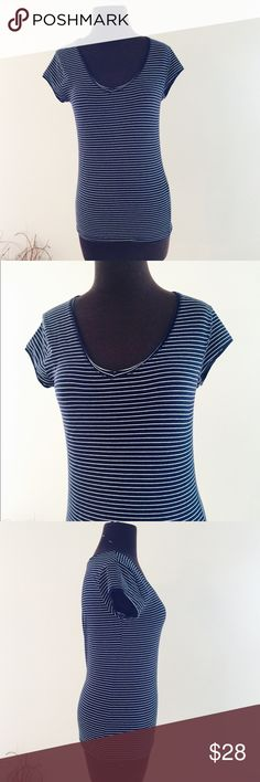 ❗️Zara Striped Navy Tee MSRP $49! ❗️Zara Striped Navy Tee. Retails $49, size large. In great condition. Feel free to make an offer! I'm giving to the first reasonable offer I receive & give great bundle deals! Moving cleanout sale--all must go! ;-) Zara Tops
