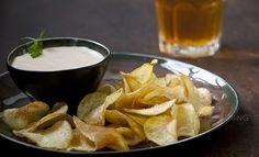 Manju Recipe, Struffoli Recipe, Pav Bhaji, Pet Water Fountain, Potato Chips, Garlic, Potatoes, The Originals, Lunch Ideas