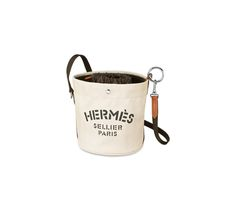 Because the Hermes Grooming Bag is not as popular as the Kelly or the Birkin Bag, you might have never heard about it. But its okay, we're going to cover all the details here. In French they call i… Hermes Bags, Hermes Handbags, Pink Handbags, Luxury Handbags, Canvas Leather, Leather Bag, Leather Craft, White Leather, Popular Bags