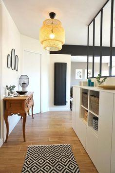 I love this interior design! It's a great idea for home decor. Home design. Ikea Living Room, Living Room Shelves, Interior Design Living Room, Design Scandinavian, Tidy Room, Flur Design, Best Ikea, Hallway Decorating, Sweet Home
