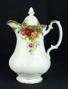 RARE Royal Albert Old Country Roses Hot Water Jug 1st Quality 1962-73