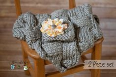 Mini Basket Weave Prop Blanket with matching hat & removable flower, great prop for boys or girls, Photo prop