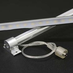 ALU LED Leiste wasserfest 70x Power SMD LEDs weiss - 24V 105cm