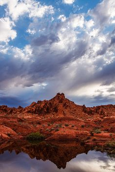 https://flic.kr/p/GL4wtD | Red Rock Reflection | Red Rock Reflection    Valley of Fire State Park   Nevada