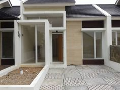 Apartment Facade Design Architecture Townhouse 63 Ideas For 2019 Bungalow House Design, Small House Design, Modern House Design, Facade Design, Exterior Design, Modern Minimalist House, Garage House Plans, Facade Architecture, Facade House