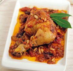 Voňavé kuře s rozinkami a pinovými semínky