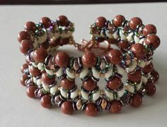 O-Duo bracelet beaded by Maria Rodrigez. Beautiful! Thank you for sharing!