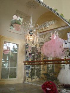 ballerina cottage  $475