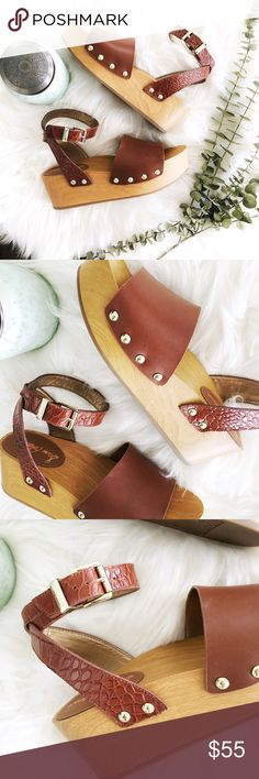 """{sam edelman} NWOT Brynn sandals ✨Brynn platform sandals by Sam Edelman✨  ➳ NWOT-but slight wear to straps from being tried on. box not incl.  ➳ heel of platform measures a little over 2"""" ➳ leather upper, adj ankle strap and synthetic lining and sole ☞ size 6 1/2  ❥ no trades ❥ please ask all questions prior to purchase Sam Edelman Shoes Platforms"""