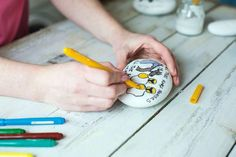 Crafts for kids with Ali Coghlan: nursery rhyme stones Nursery Rhymes, Ali, Crafts For Kids, Stones, Crafty, How To Make, Crafts For Children, Rocks, Kids Arts And Crafts